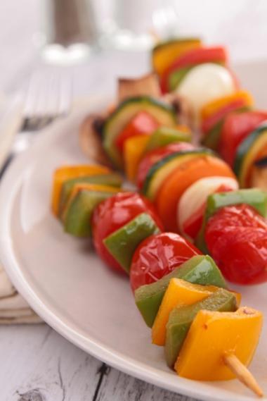 Recept 'gemarineerde groentebrochetten met tonijn'