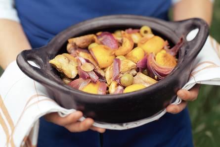 Stoofschotel met kip en perzik