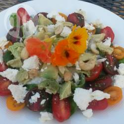 Avocado met selleriesalade, cherrytomaten en feta recept ...