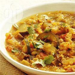 Indiase dhal met rode linzen en groenten recept
