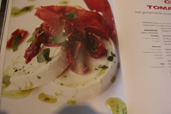 Cherry tomaatjes met krokante ham en mozarella recept ...