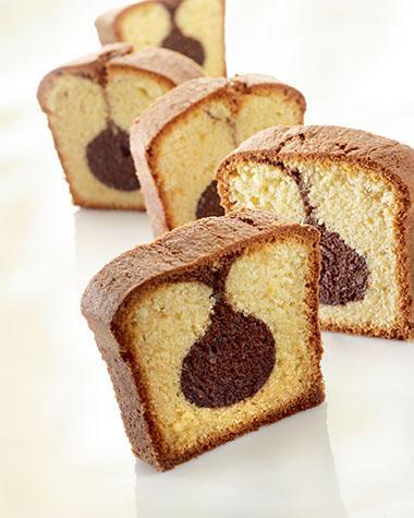 Recept 'gemarmerde vanillecake met chocoladestaafjes'