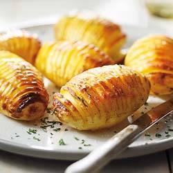 Hasselback aardappelen met warme specerijen recept