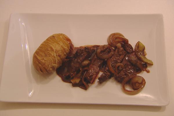 Rumsteak met hasselback-aardappelen