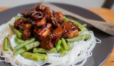Kip ketjap met boontjes en mihoen recept