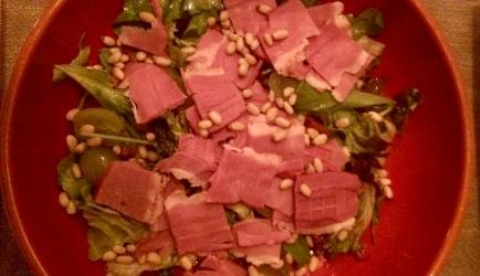 Feestelijke salade met gerookte eendenborst recept