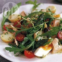 Salade niçoise met gerookte forel recept