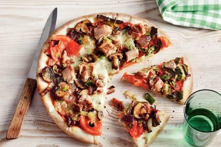 Groentepizza met tonijn