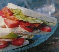 Sandwich met aardbeien recept