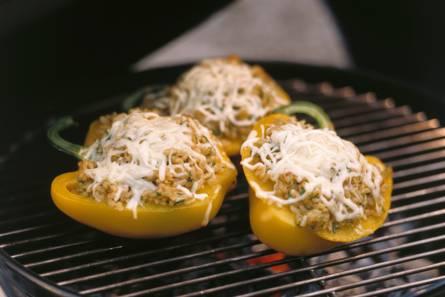 Gevulde paprika's met risotto en mozzarella