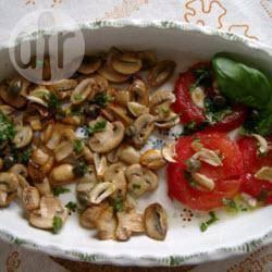 Gebakken champignons met tomaten en basilicum recept ...