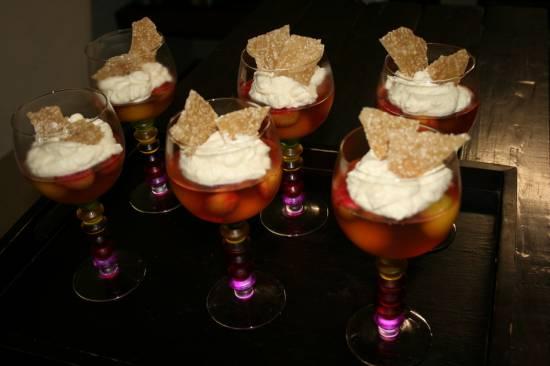 Bubbly jelly met vanille mascarpone en sesam recept
