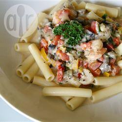 Pasta met garnalen in pittige roomsaus recept