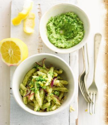 Recept 'pasta met broccoli-ansjovispesto'