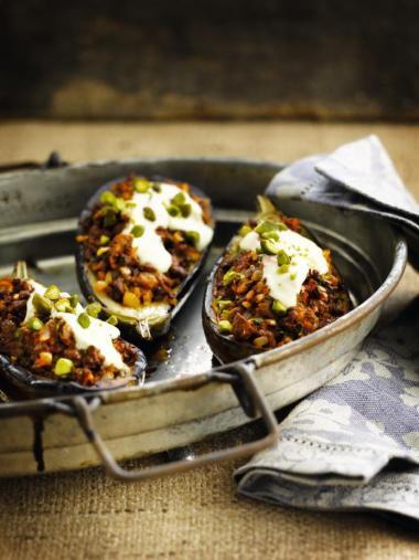 Recept 'gevulde aubergines met veggiegehakt'