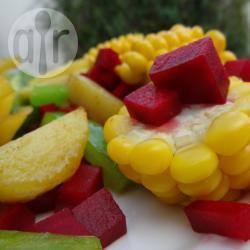 Gebakken aardappeltjes met mais en rode biet recept