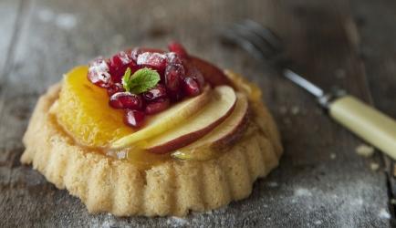 Tartelettes met lemon curd en seizoensfruit recept