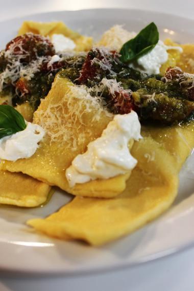 Recept 'ravioli met pesto van amandelen en pistache'