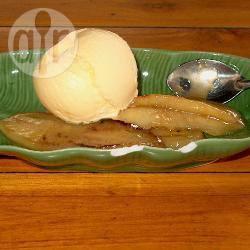 Gebakken banaan met kokos-toffeesaus recept