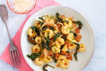 Tortellini met spinazie en venkel