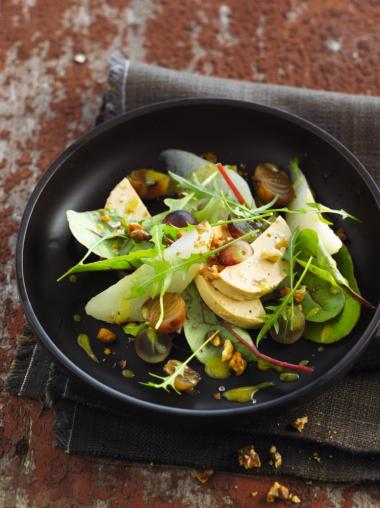 Recept 'herfstsalade met foie gras, peren en walnoten'