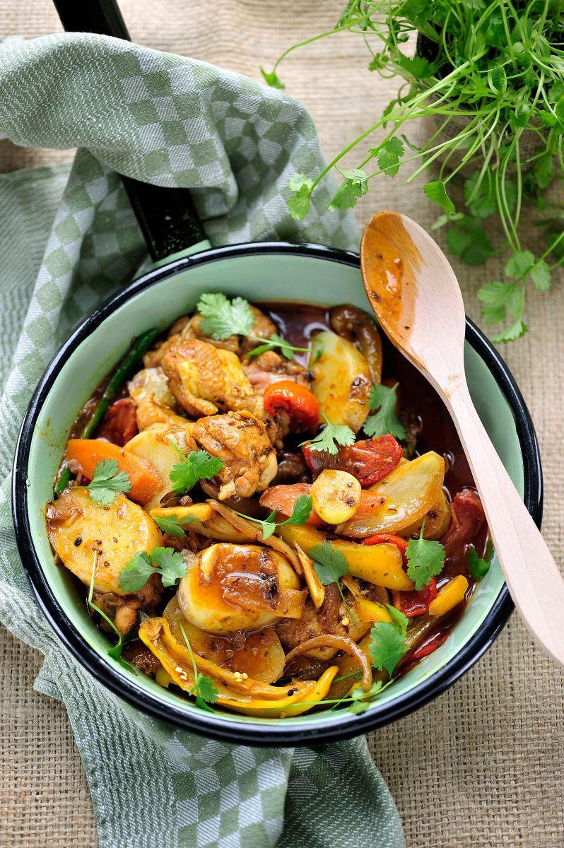 Recept 'vindaloo van kippenvleugeltjes en aardappelen'
