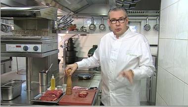 Recept 'steak met bordelaisesaus  hof van cleve style'
