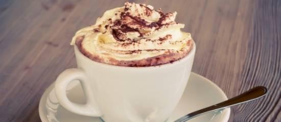 Warme, gekruide, echte chocolademelk recept