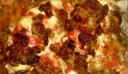 Hasselback kip met pesto en champignons recept