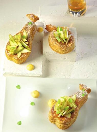 Recept 'bladerdeegtaartje met appelen en peren'