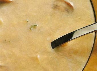 Romige kaassoep met kastanje champignons recept