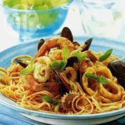 Spaghettini met zeevruchten recept
