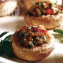 Met groenten gevulde champignons recept