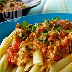 Pasta met kip en zongedroogde tomaat recept