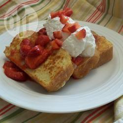 Wentelteefjes met aardbeien recept