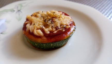 Mini pizza van courgette recept