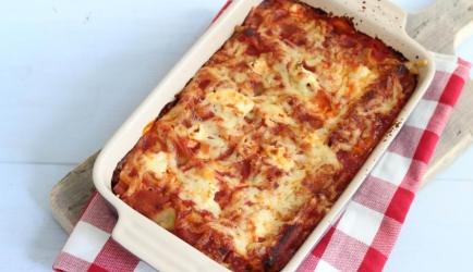 Ovenschotel met spinazie, gehakt, ricotta en courgette