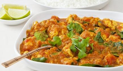 Overheerlijke spinazie-kokoscurry met kippendijtjes recept ...