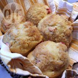 Muffins met rabarber en sinaasappelsap recept