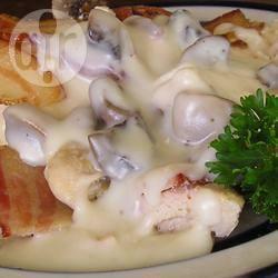Kip met spek en champignons recept
