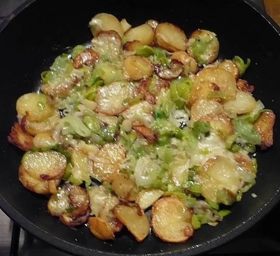 Herfst: gebakken aardappels met prei, kaas, spek recept ...