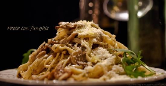 Pasta met paddenstoelen recept