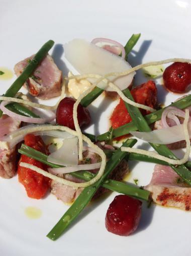 Recept 'kalfsvlees met boontjes, tomaat en parmezaanmayonaise ...