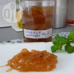 Confituur van rabarber en pompelmoes met munt recept