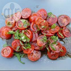 Tomatensalade met basilicum recept