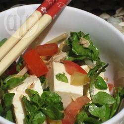 Tofusalade met tonijn en waterkers recept