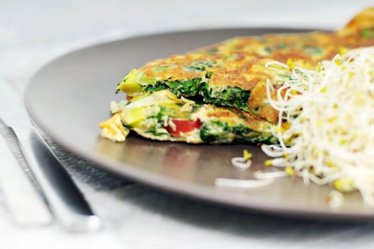 Hartige omelet met spinazie