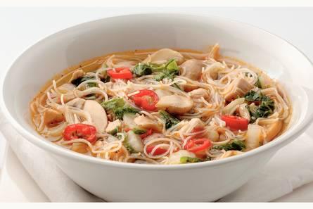 Thaise soep met kip en miehoen
