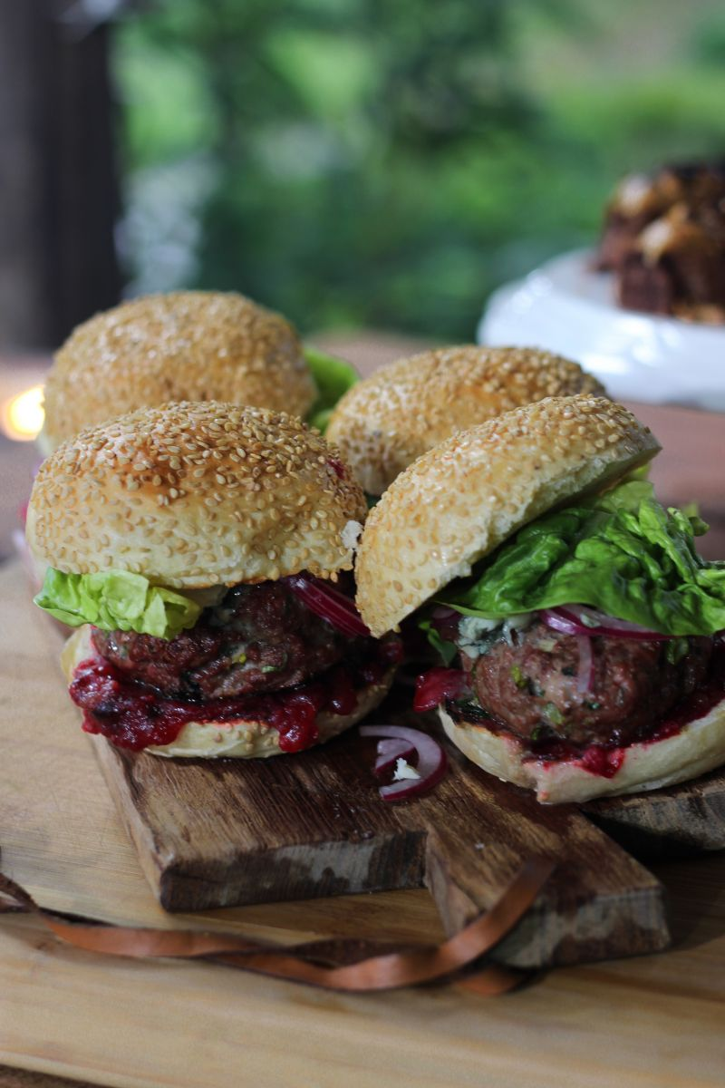 Recept 'wildburger met veenbessencompote'