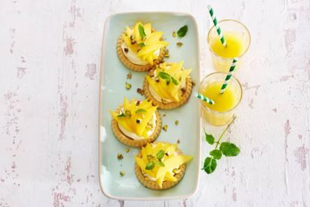 Snelle taartjes met mascarpone-lemon curd & mango
